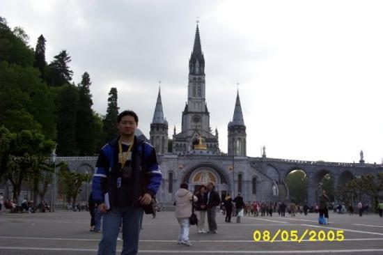 Sanctuaire Notre Dame de Lourdes: Sanctuary of Our Lady of Lourdes, Lourdes, France