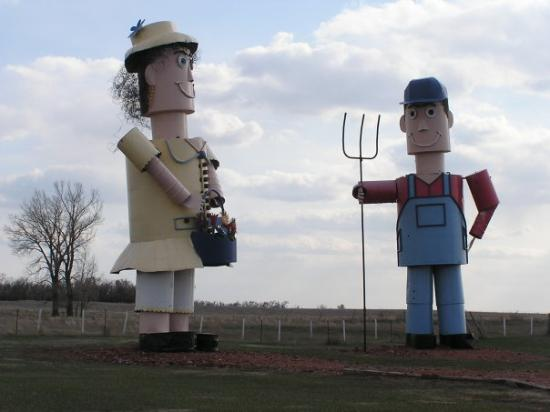 "The Enchanted Highway ""The Tin Family"" Regent, ND"