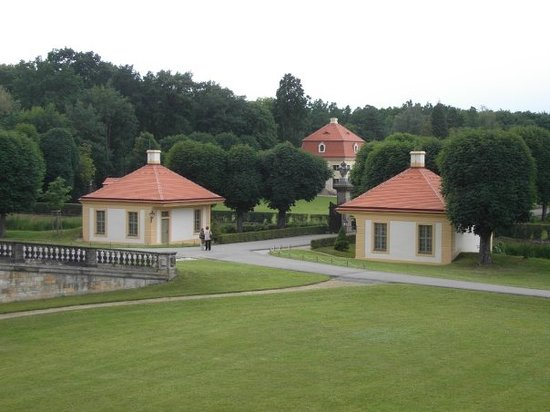 Teichhäuser vorm Moritzburger Schloß