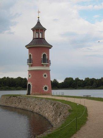 Moritzburg, Γερμανία: Der Leuchtturm am Großteich