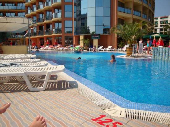 Lazur beach club picture of sunny beach burgas province - Sunny beach pools ...