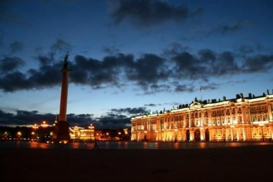 """Palace Square (Dvortsovaya Ploshchad): The Alexander Column stands in the middle of the Palace Square.  """"The Alexander Column was des"""
