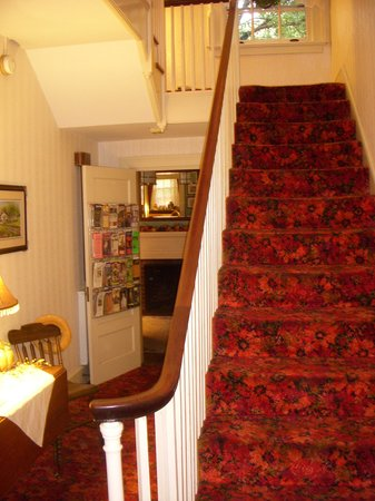 The Lancaster Bed and Breakfast: Central Stairs