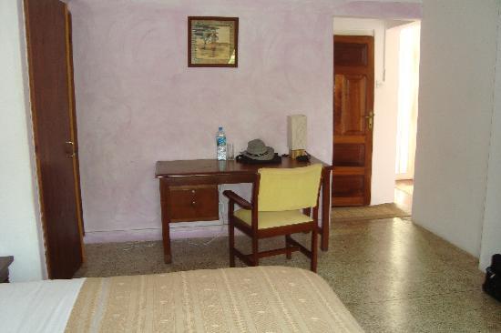 Vue (2) d'une chambre de l'hôtel Le Tandem