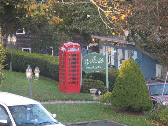 Greenleaf Inn at Boothbay Harbor: the telephone booth