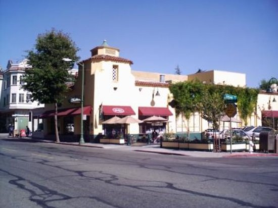 Photo of American Restaurant Fentons Creamery and Restaurant at 4226 Piedmont Ave, Oakland, CA 94611, United States
