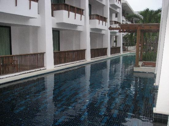 Mantra Resort: Hotel pool, awesome