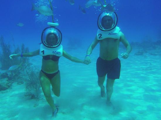 Aquanautas: caminando en el rellano