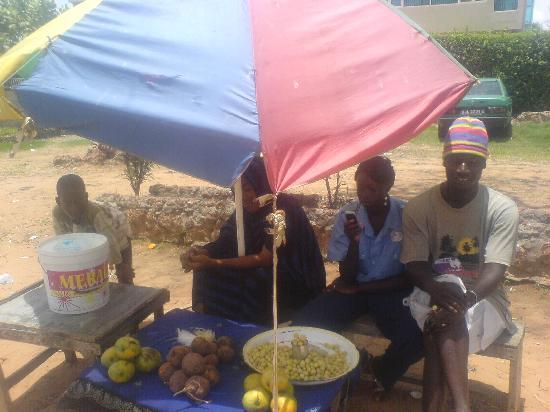 vendors by the road at senegambia