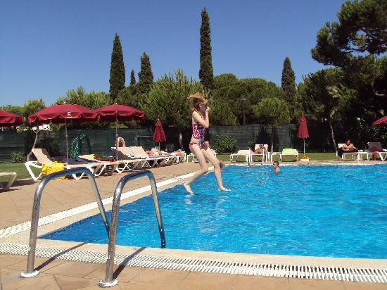 Alpinus Hotel: New pool at Alpinus
