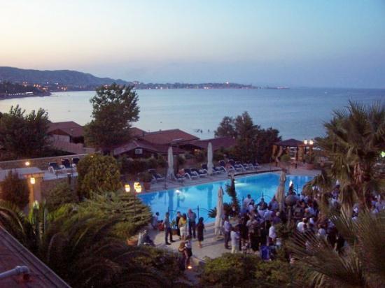 Crotone, Italia: ...poi arriva la sera e tutto s'illumina.