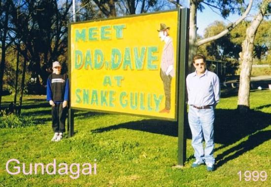 Gundagai Australia  city photo : Gundagai, Australia Tourist Information Centre: fotografía de ...