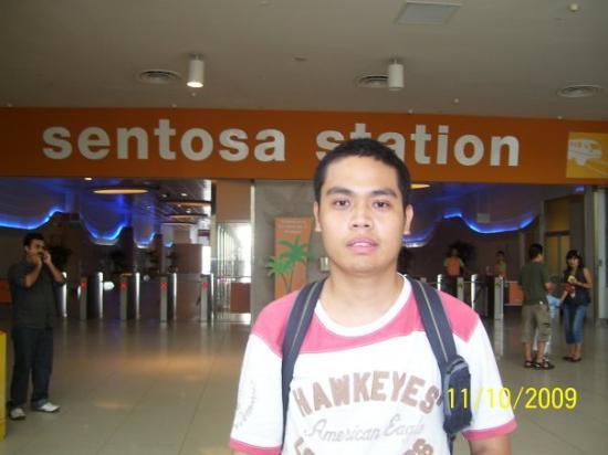 วีโว ซิตี้: 11 October 2009 It took me 4 trips to see Sentosa for myself.