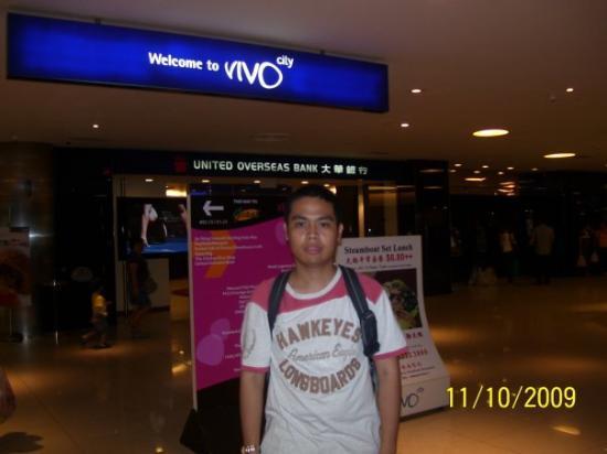 วีโว ซิตี้: 11 October 2009 Vivo City