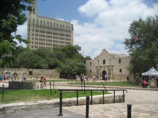 El Alamo Picture Of San Antonio Texas Tripadvisor