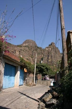Tepoztlán, Mexico: hasta hasta hasta allá subiremos