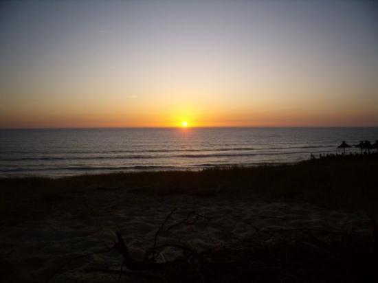 Lacanau-Ocean, Frankreich: 14.08.09 - l'ultimo tramonto sull'oceano