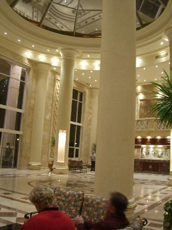 Shams Safaga: lobby area