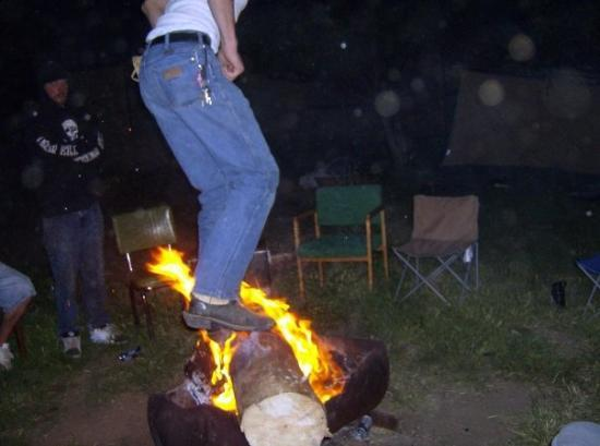 Spray, OR : Too wasted to stand? Why don't you dance in the fire then? :D hee hee hee