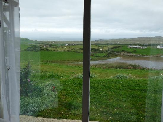Roshine Fishing Lodge: View from the living room