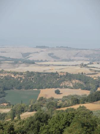 Le Casine di Castello: the farm as seen from Pienza