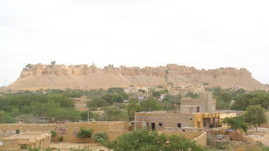 โรงแรมฟิฟู: vue du fort depuis la terrasse