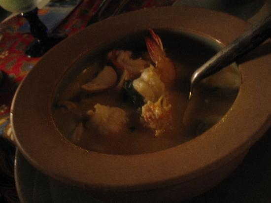 Poppies Restaurant: prawn tomyam soup