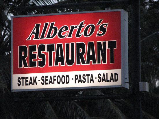 Alberto's Restaurant: albertos