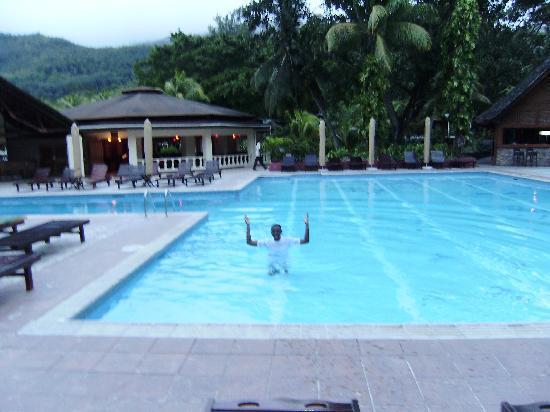 Berjaya Beau Vallon Bay Resort & Casino - Seychelles: HOTEL POOL