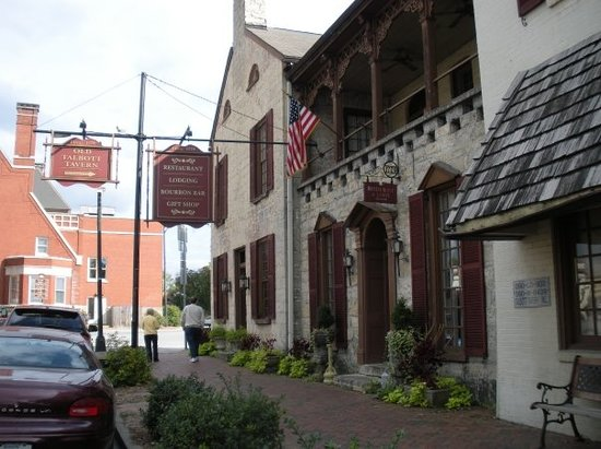 Old Talbott Tavern: Front view, bourbon bar off frame on right
