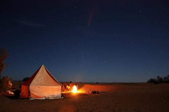 Atmospher Erg Chigaga: camp by night under the stars