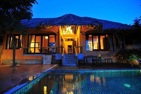 hill side pool villa picture of phi phi island village. Black Bedroom Furniture Sets. Home Design Ideas