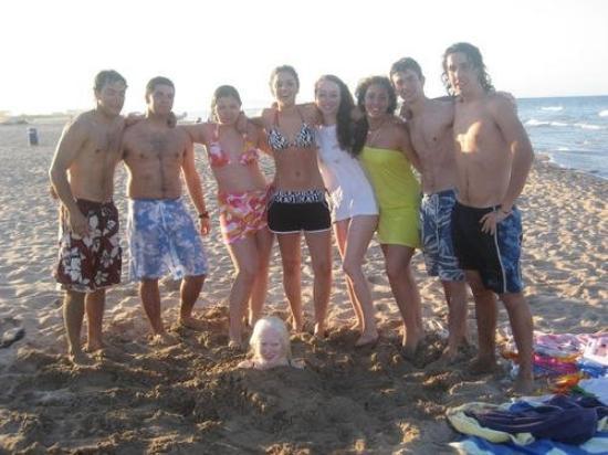 Playa de Gandía, España: Todos y cabeza!