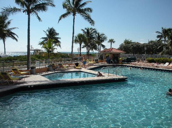 Hollywood Beach Resort Pool