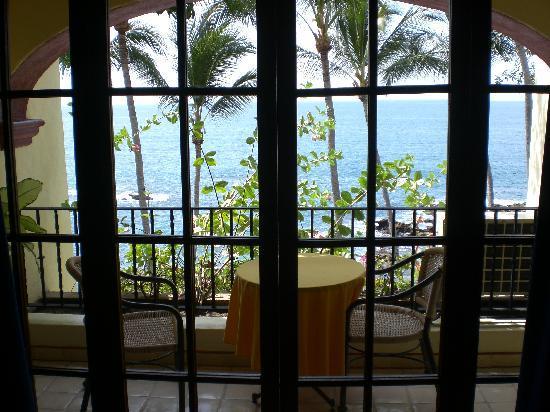 Lindo Mar Resort: Patio doors that open the room up completely