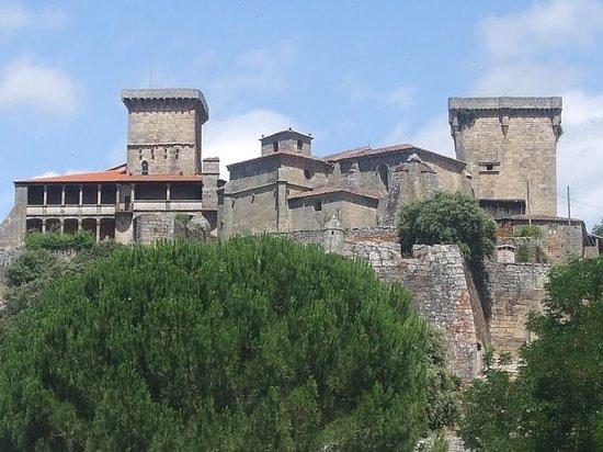 Ourense, Hiszpania: Visita al Castillo de Monterrey, llegamos tarde, nos cerraron al intentar entrar.