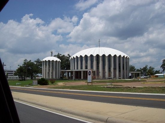 Biloxi, MS: ST. MICHAEL'S CATHOLIC CHURCH