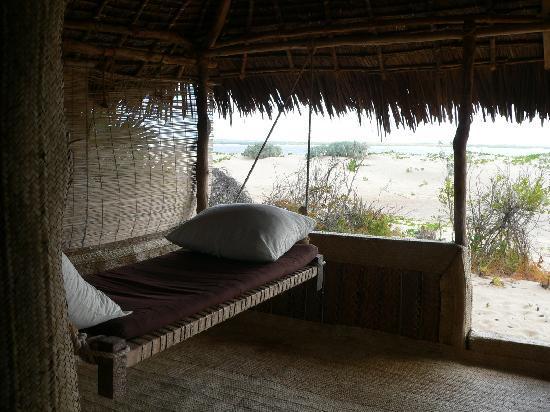 Kizingo: On the terrace (2)