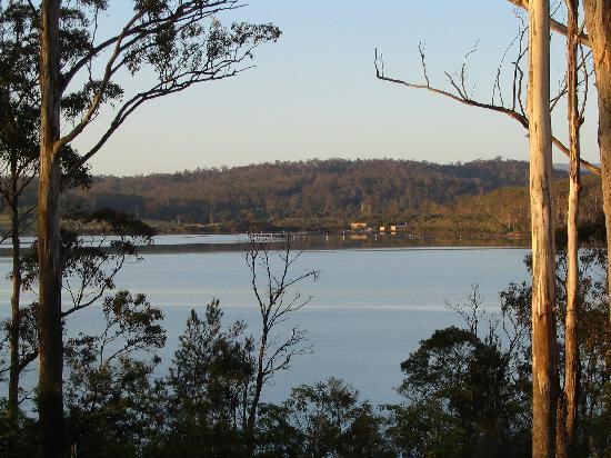 เมริมบูลา, ออสเตรเลีย: Sunrise on Merimbula Lake