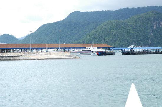 Tour East Malaysia