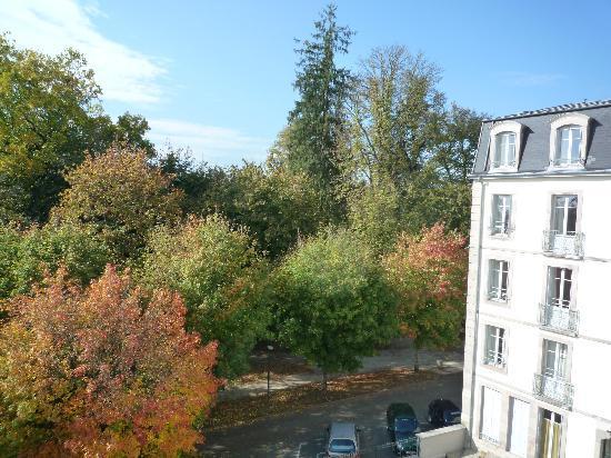 Luxeuil-les-Bains, France : vue sur le parc
