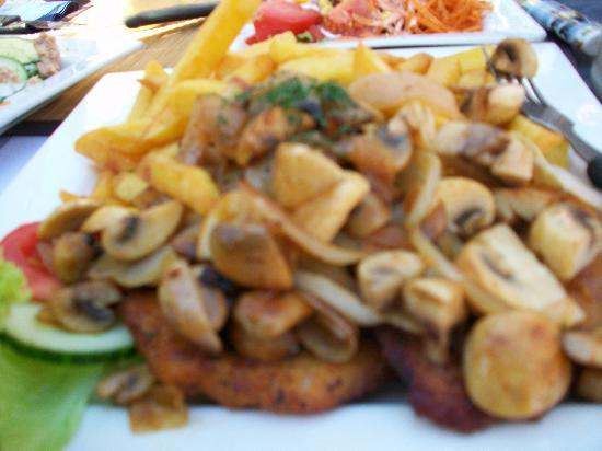 Pomm' Pös: Schnitzel con funghi freschi