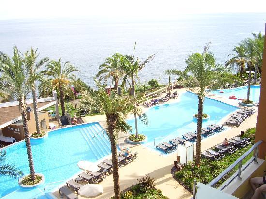 โรงแรมเพสตานา พรอเมอเนด โอเชียน รีสอร์ท: view from balcony