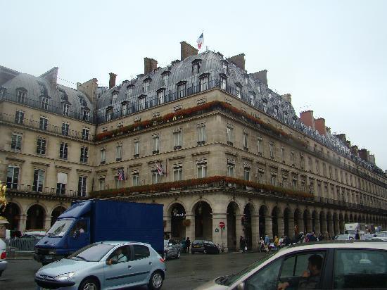 Hôtel Régina Louvre: outside of Hotel