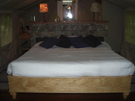 Sarova Mara Game Camp: Cama super cómoda