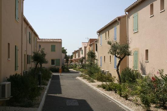 Residence Goelia Le Mas des Arenes: chaleur insuportable entre lesmurs des logements