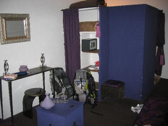 Riad Nejma Lounge: room