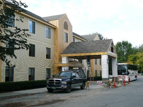 La Quinta Inn & Suites South Burlington: Außenansicht