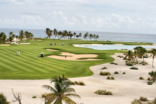 Punta Espada Golf Course : The par 5, hole 2 at Punta Espada