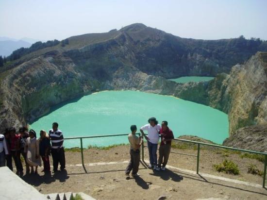 Ende, Indonesia: Maha Agung KaryaMu....